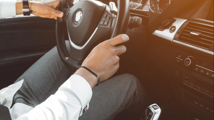 Como fazer uma busca de automóvel na Auto Avaliar?